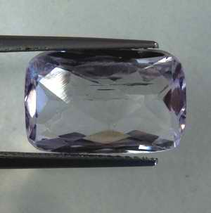 Kunzit 8,95 Ct Oktagon 15,7x10,4x6,4 mm VVS-VS